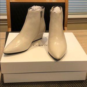 Calvin Klein Leather Bootie Soft White Sz 5.5 NIB